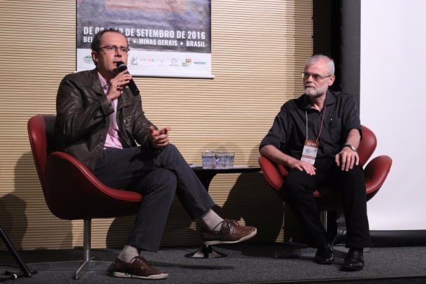 Bernardo Borges Buarque de Hollanda e Elcio Loureiro Cornelsen (Foto: Isabelly Morais/Especial à VAVEL Brasil)