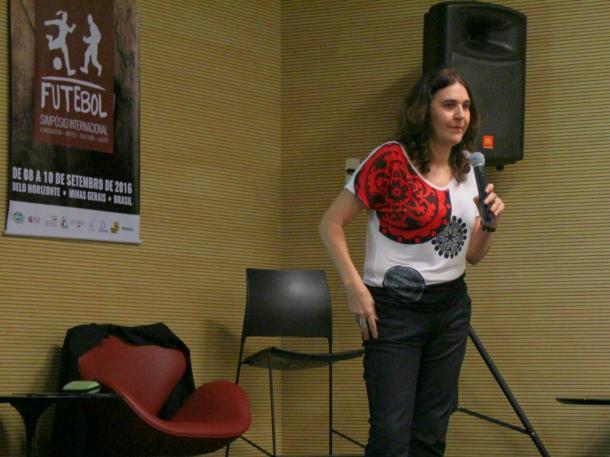 Silvana acredita que falta incentivo ao futebol feminino no Brasil (Foto: Isabelly Morais/VAVEL Brasil)