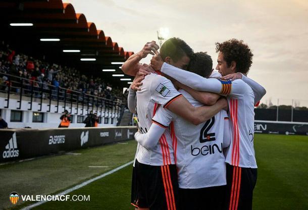 El Mestalla celebrando un gol durante la temporada. | Imagen: www.valenciacf.com