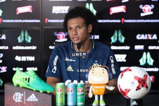 Arão comentou sobre diversos assuntos que têm aflorado rivalidade entre Fla e Bota