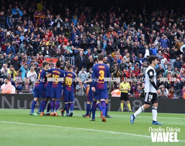 Un genial pase de Coutinho dio el primer gol a los locales. | Fotografía: Noelia Déniz (VAVEL)