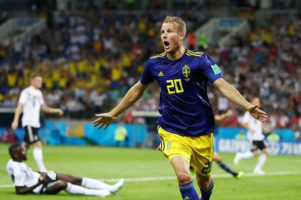 Toivonen comemora o primeiro gol da partida (Fifa/Getty Images)