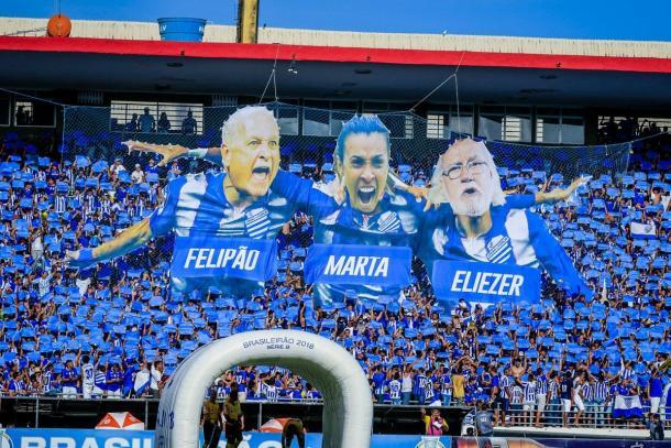 Felipão, que fez primeiro trabalho como técnico no CSA, Marta, torcedora fanática do Azulão, e o cantor Eliezer, também torcedor ativo do clube, são frequentemente homenageados (Foto: Divulgação/CSA)