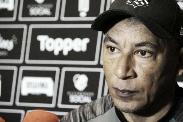 Hemerson Maria não quer o Figueirense defensivo na Ilha (Foto: divulgação/Figueirense)