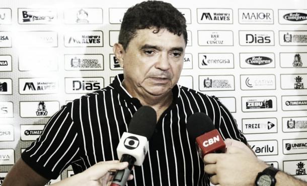 Rei do Acesso, Flávio Araújo é o responsável pela evolução técnica do Treze (Foto: Ramon Smith/Treze FC)