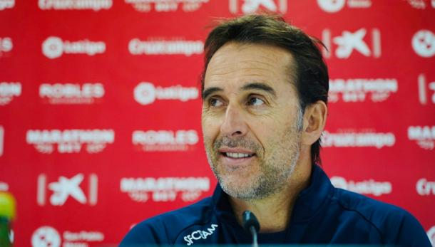 Julen Lopetegui en rueda de prensa | Foto: Sevilla FC