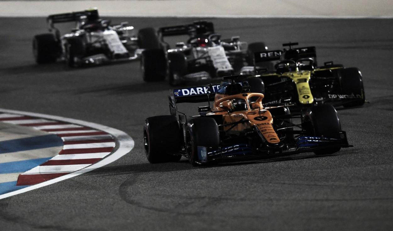 Sainz escapando del grupo perseguidor (Fuente: F1)