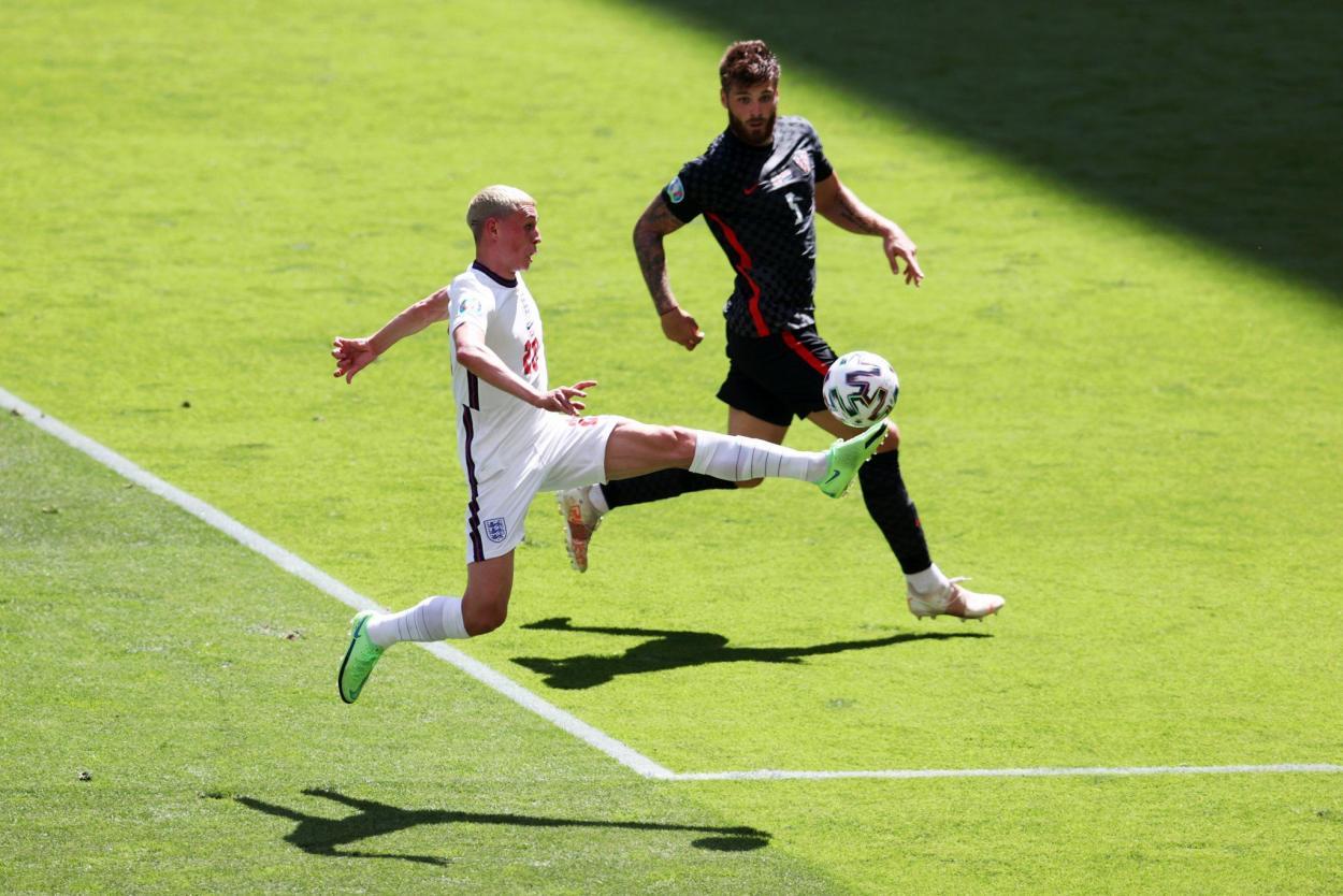 Foden pinchando un balón / FOTO: UEFA