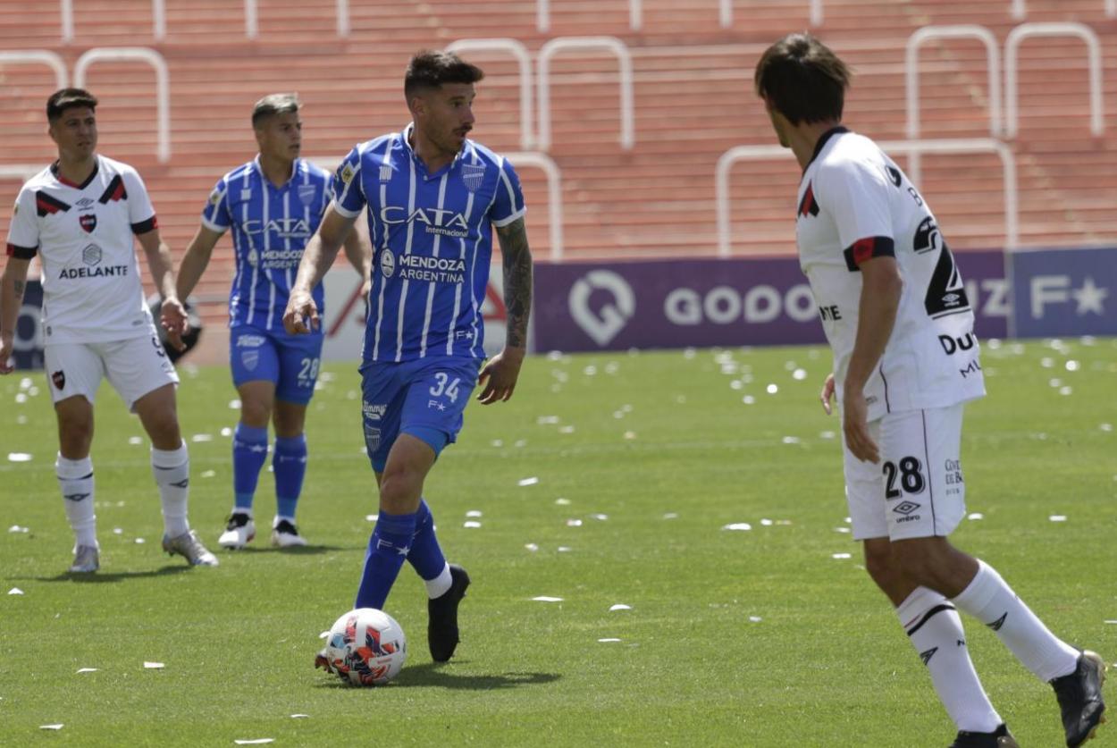 Pereira, dentro del 11 inicial de <strong><a href='https://vavel.com/ar/futbol-argentino/2021/09/22/racing-avellaneda/1086843-duros-octavos-de-final-en-cordoba.html'>Diego Flores.</a></strong> Foto: Prensa CDGCAT