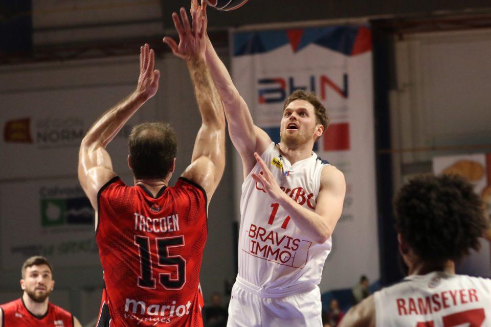 Instantánea de Will Hanley durante su etapa en el Caen Basket Calvados de la LNB ProB (Francia)   Fuente: www.actu.fr