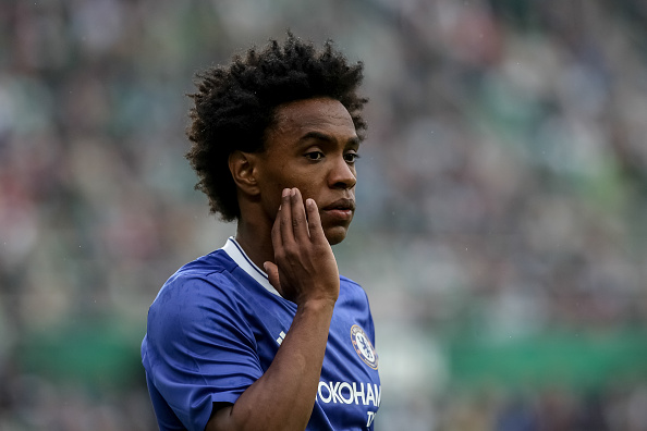 Willian back with the Blues. | Photo: Matej Divizna/Getty Images