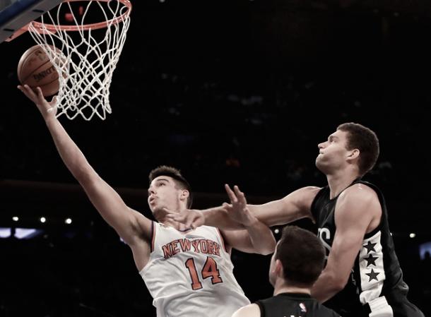 Willy Hernangómez frente a los Nets / Foto: NBA.com