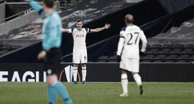 Winks y el gol de la jornada. Foto: Tottenham.