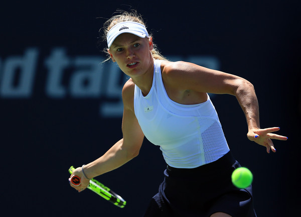 Wozniacki lines up a forehand. Photo; Vaughn Ridley/Getty Images