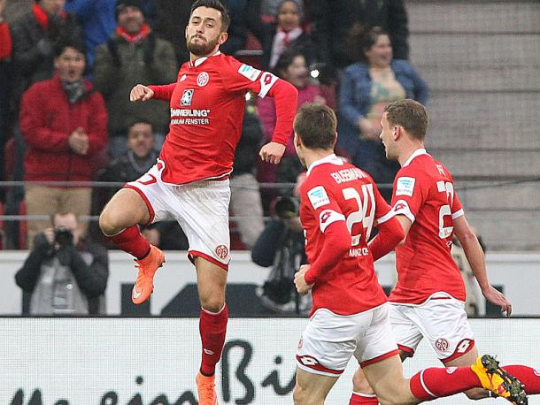 Malli celebrates as he guides Mainz to another three points. | Image source: kicker - Getty Images