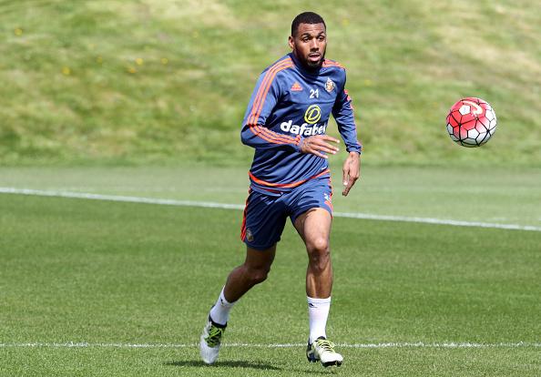M'Vila training with Sunderland. | Image credit: Ian Horrocks/Sunderland AFC via Getty Images