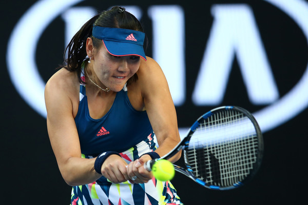 Duan Ying-Ying hits a backhand during her third-round match against Venus Williams at the 2017 Australian Open. | Photo: Jack Thomas/Getty Images