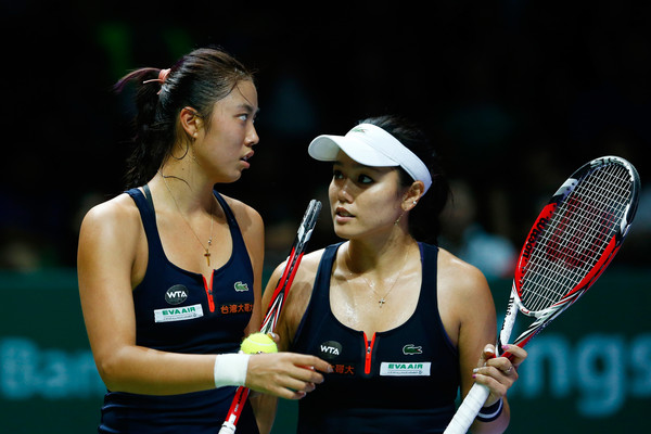 The Chan sisters in action at Singapore last year | Photo: Julian Finney/Getty Images AsiaPac