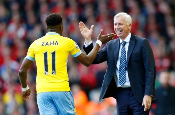 Zaha has reportedly told Pardew that he wants to join Spurs. Photo source: The Mirror.