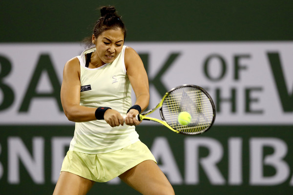 Zarina Diyas played a great opening set which saw her just crumble to pressure in the 11th game | Photo: Matthew Stockman/Getty Images North America