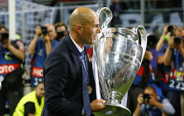 Zidane with UCL title. Photo: Getty