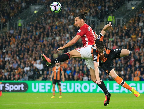 Ibrahimovic battling against the Hull City defence last time out | Photo: Getty Images