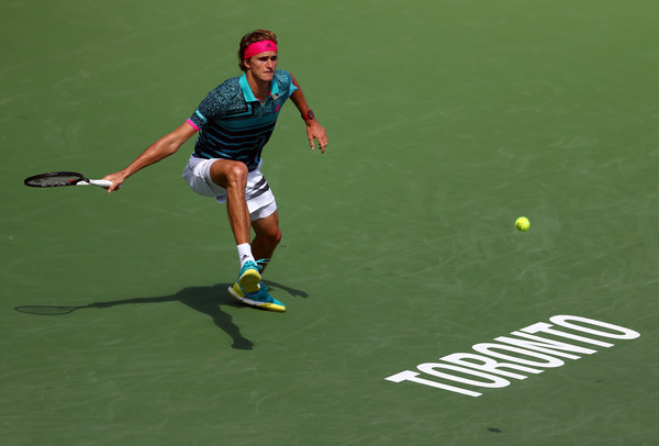 Alexander Zverev chases down a forehand during his loss. Photo: Getty Images