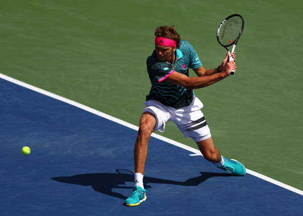 Alexander Zverev lines up a backhand during the quarterfinal battle. Photo: Getty Images