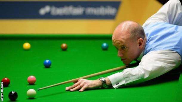 Peter Ebdon has real momentum behind him now. (Photo: Getty)