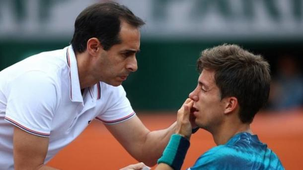 A problem with his eye for Bedene was nothing compared to the problems his opponent gave him on Saturday evening. (Photo: BBC)