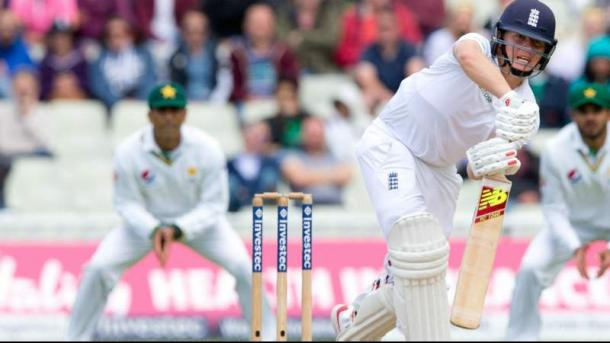 Ballance offered some resistance in the afternoon session (photo : Reuters)