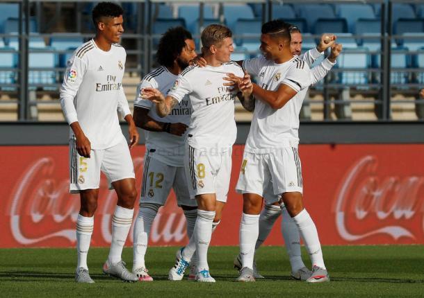 Celebración en el gol de Kroos. Real Madrid