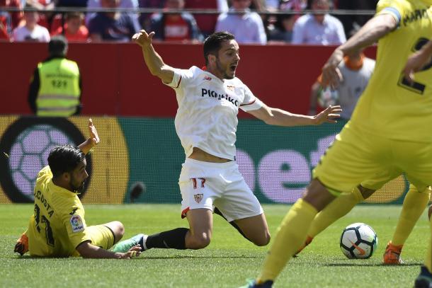 Sarabia cae en el área en lo que pudo ser penalti / Foto: SFC