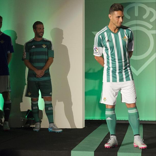 Adidas viste al Betis en la actulidad // Foto: http://www.realbetisbalompie.es