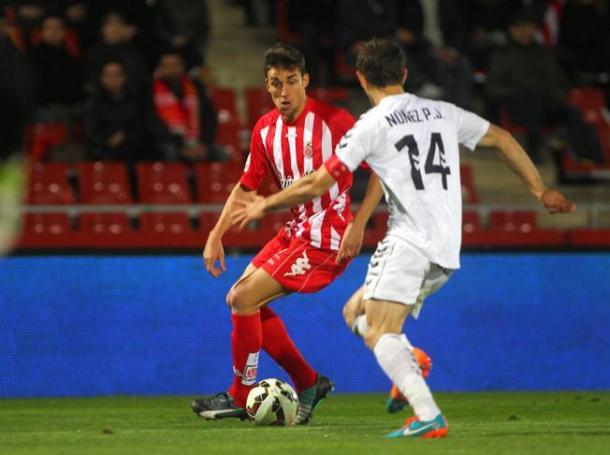Mata defendiendo los colores del Girona. Fotografía: Girona FC