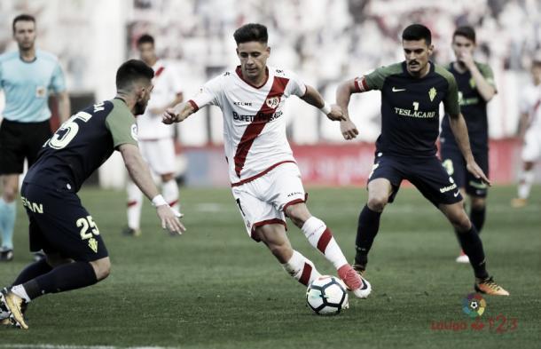 Álex Moreno durante un partido | Foto: LaLiga123