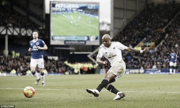Could André Ayew hold the key to a Swansea victory on Saturday? | Image source: Daily Mail - Reuters