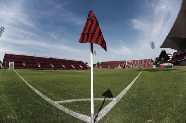 Com capacidade para 20 mil pessoas, Ilha do Urubu é a casa do Flamengo em 2017 (Foto: Gilvan de Souza/Fla Imagem)