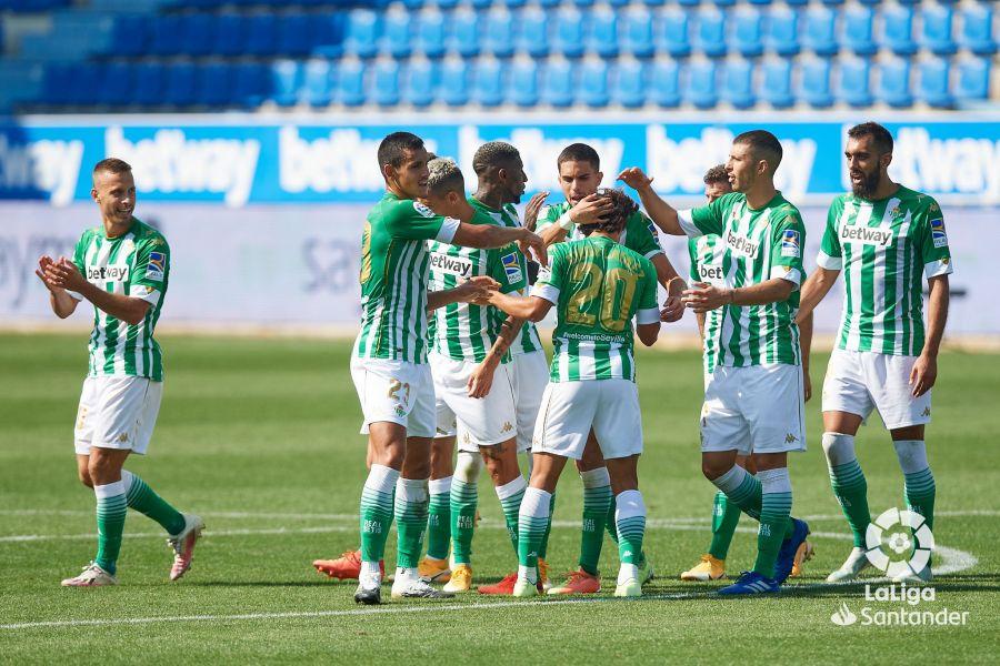 El equipo celebra la victoria ante el Alavés. Fuente: LaLiga