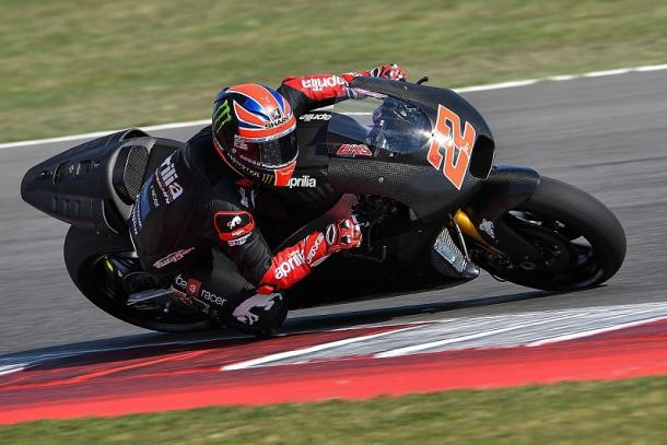 British Moto2 rider Sam Lowes aboard the Aprilia during private testing before he steps up to MotoGP in 2017 - www.autosport.com