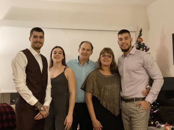 La familia Hernángomez-Geuer / Fuente: Twitter (@andrea14hg)