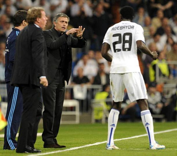 Adebayor tem grande admiração por José. (Foto: Javier Soriano/Getty Images)
