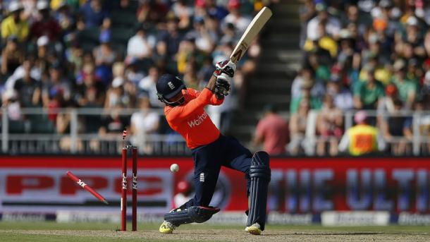Adil Rashid was the seventh wicket to fall for fourteen runs in the 2nd T20 versus South Africa | Photo: Getty Images