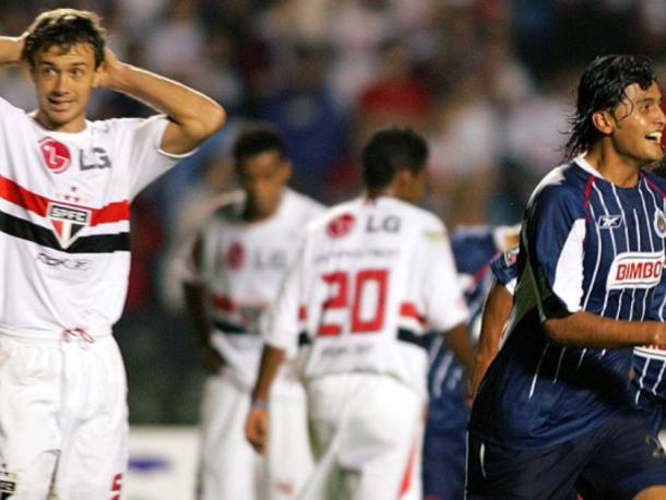 Chivas rompió el invicto de los paulistas (Foto: Pasión Futbol)