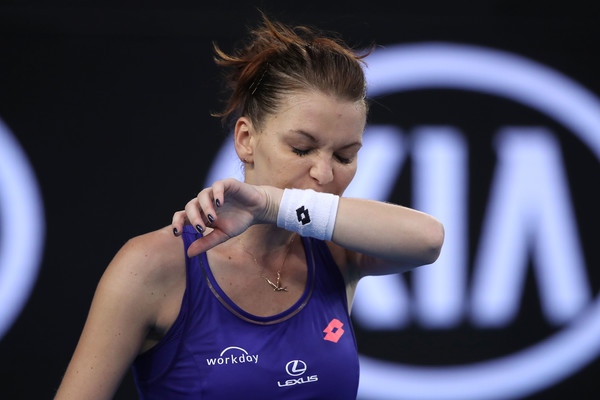 Radwanska struggled to deal with the pressure at the Australian Open (Photo by Mark Kolbe / Getty)