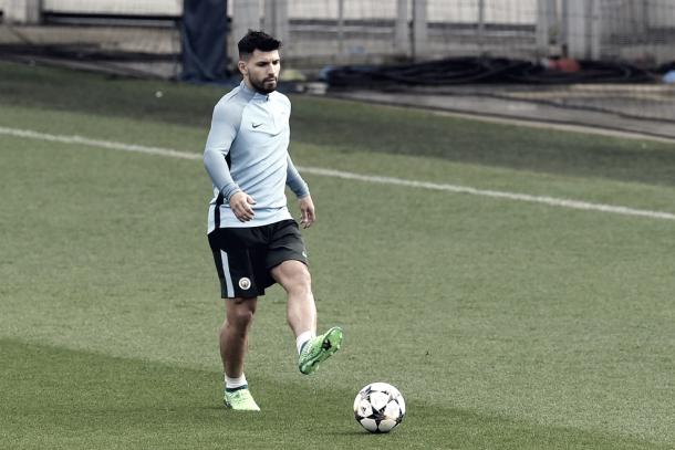 Sergio Agüero ya está recuperado y es la carta goleadora de Guardiola   Foto: UEFA