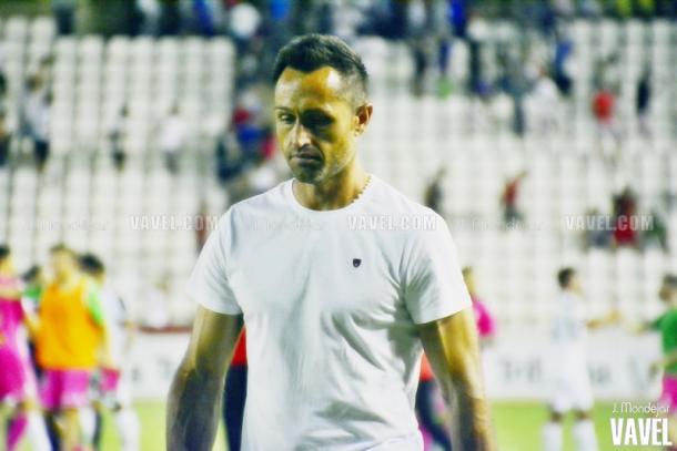 José Manuel Aira tras un partido | Foto: J. Mondéjar - VAVEL