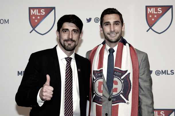 Jonathan Campbell on Draft Day with Coach Veljko Paunovic. | Photo: Chicago Fire