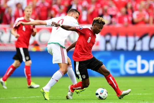 Alaba, sua l'occasione più pericolosa del match, con il palo - Source @UEFAEURO