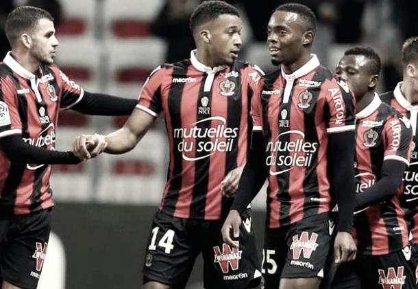 Plea festeggiato dopo il gol al Tolosa | goal.com